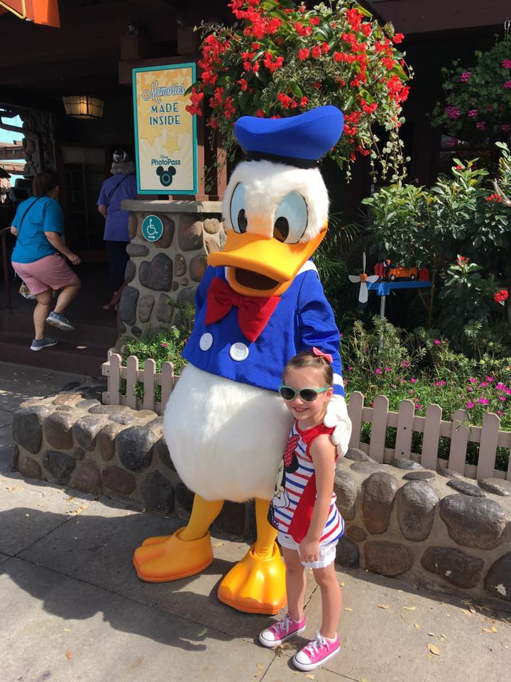 Meeting Donald Duck - Hollywood Studios Disney World